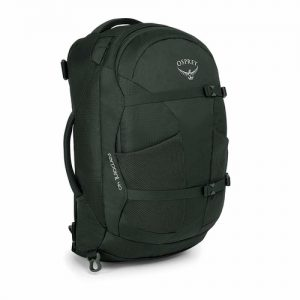 Osprey Farpoint 40 is an ideal size for use as carry on baggage, it can also be used for some light hiking